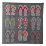 Almofada-Abdalla-bordada-flip-flops-101815