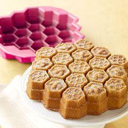 Forma-de-Bolo-Silicone-Bee-Rosa-Basic-Kitchen