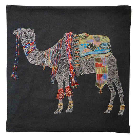 Almofada-Abdalla-bordada-camelo-101900