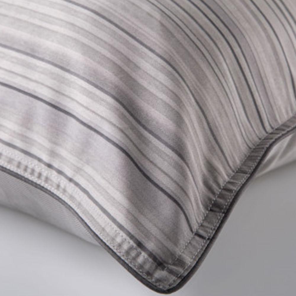Jogo De Cama Casal Guggenheim 300 Fios By The Bed